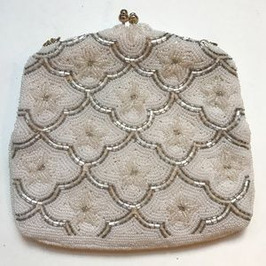 Vintage DeLill Floral White Beaded Clasp Purse